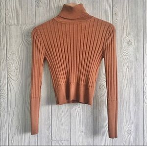 ZARA Turtleneck Ribbed Crop Top size M